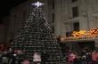 Тази вечер грейват светлините на елхата и пристига Дядо Коледа