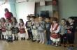 """Децата от ЦДГ """"Щастливо детство"""" зарадваха с мартеници потребителите на Дневния център"""