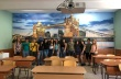 "Осмокласниците на СУ ""Вичо Грънчаров"" украсиха класната си стая с фототапет"