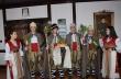 """Коледари от ПГЕЕ """"М. В. Ломоносов"""" отправиха благослов за здраве и сполука на жителите на общината"""